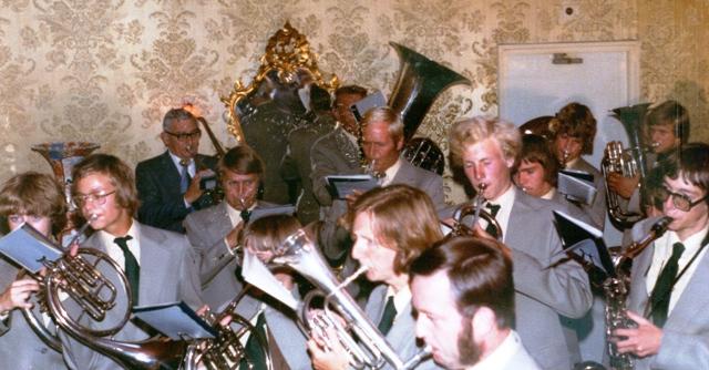 Eensgezindheid serenade bij Koekenbier Alkmaar